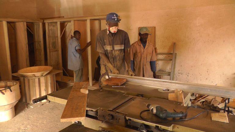 Holzwerkstatt Mbour