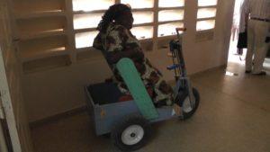 Behindertenzentrum Tivavouane Rollstuhl